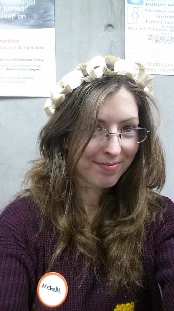 Paper chain crown