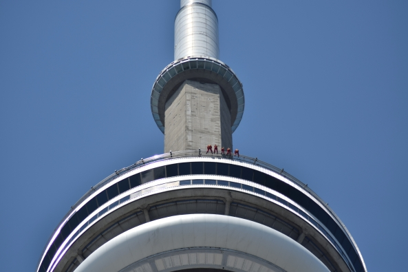 cn tower2